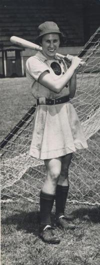 Dorothy Kamenshek